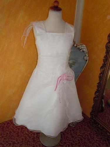 vestito con fiocco rosa
