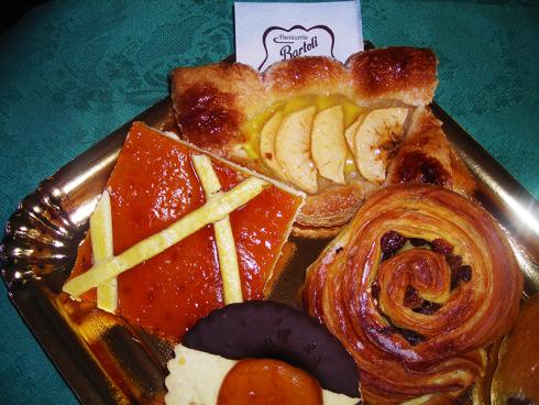 crostata, torta di mele, biscotti al cioccolato