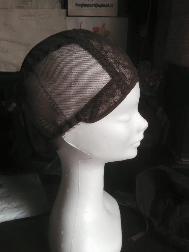 Cappello per coprire il pelo prima della parrucca