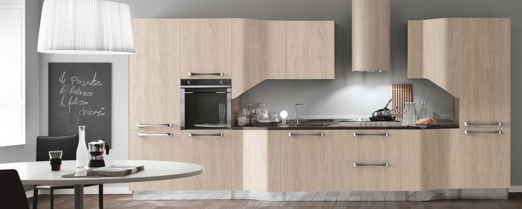 cucina moderna in legno con arredamento -Milly