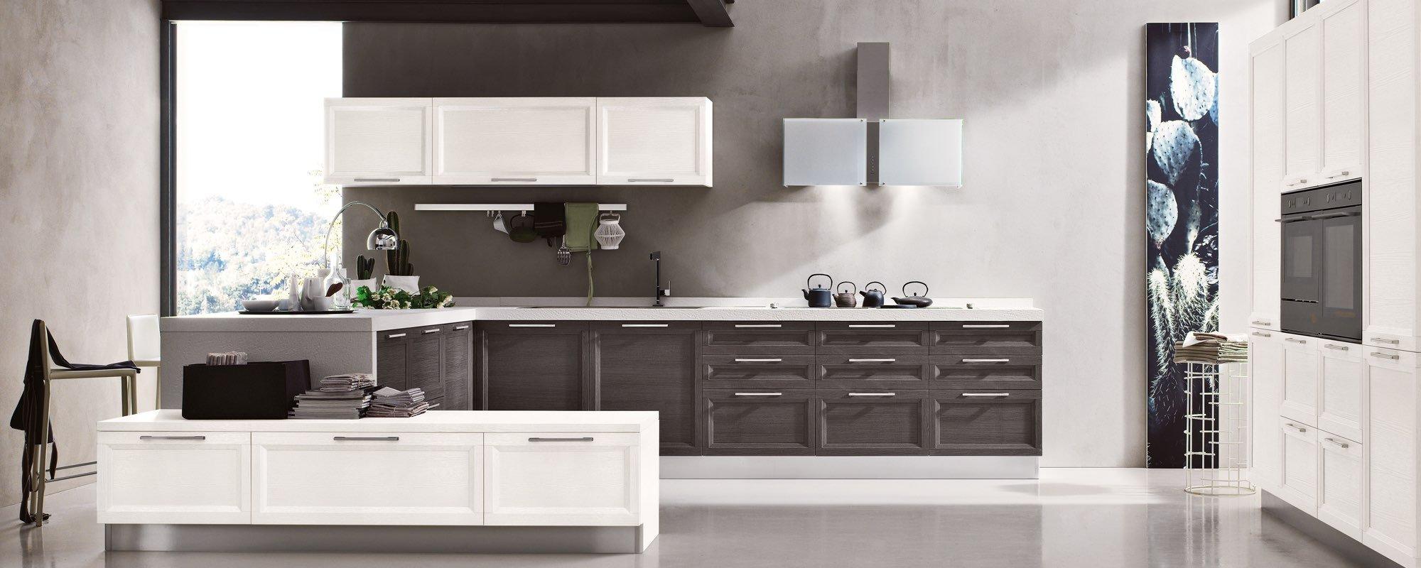 Modello di cucina con isola dal design contemporaneo -Malibu