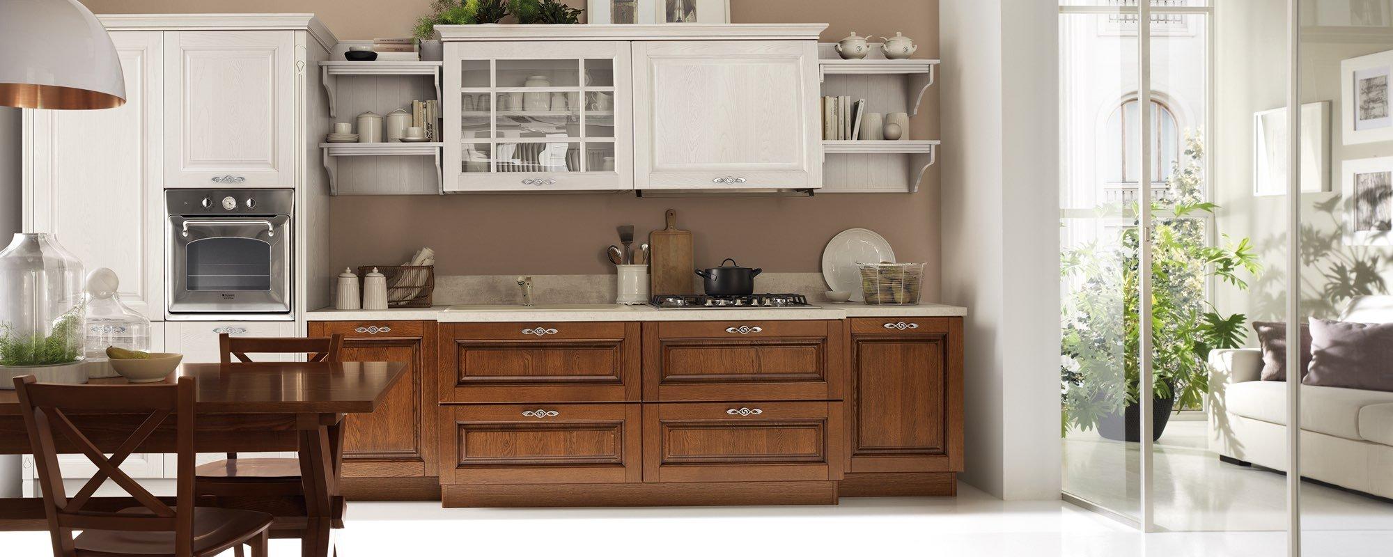 cucina classica in legno - SATURNIA