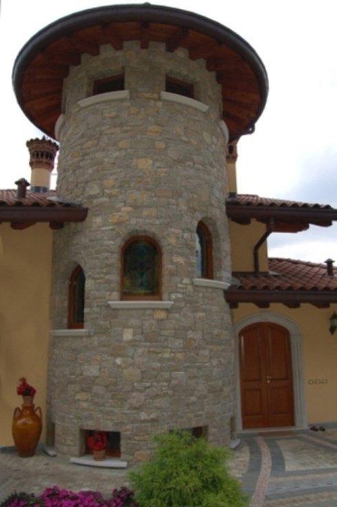 una torretta in pietra