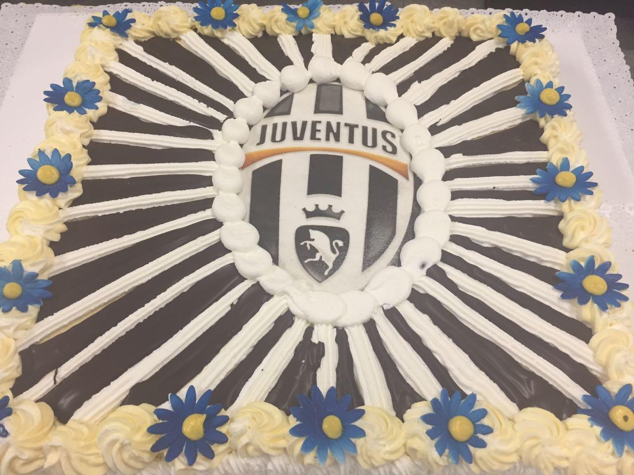 Torta decorata Juventus