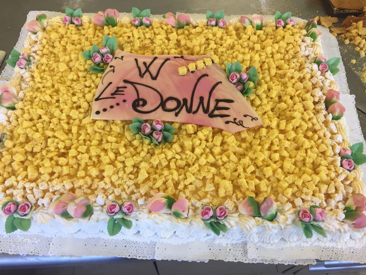 Torte personalizzate dolci su ordinazione pasticceria for Arte delle torte clementoni