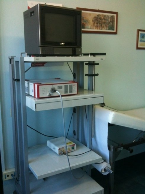 Apparecchiatura per la videoendoscopia per l'esame diagnostico del naso, faringe e laringe
