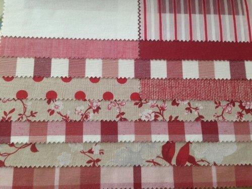 esempi di tessuti di color bianco e rosso