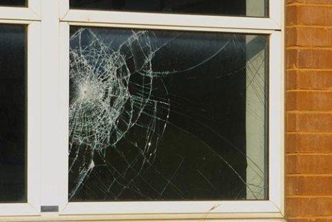 sostituzione e riparazione vetri