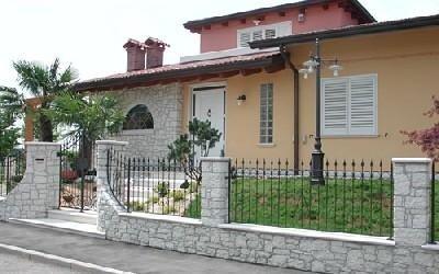 Portoncino in pvc Vetreria S. Croce
