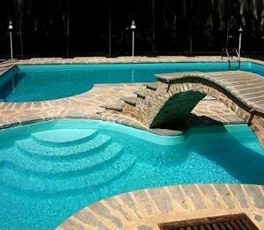 costruzione e manutenzione piscine