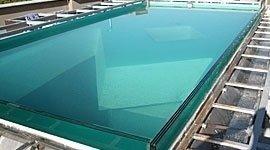 Realizzazione piscine vetro