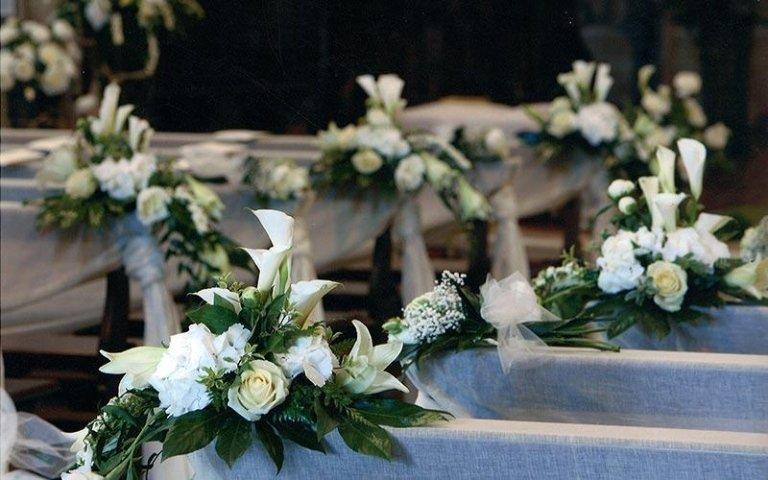 Decorazioni floreali per chiese