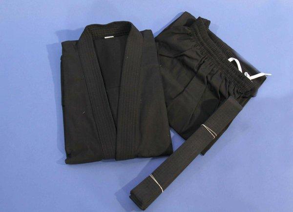 Kimono Karate nero in cotone.