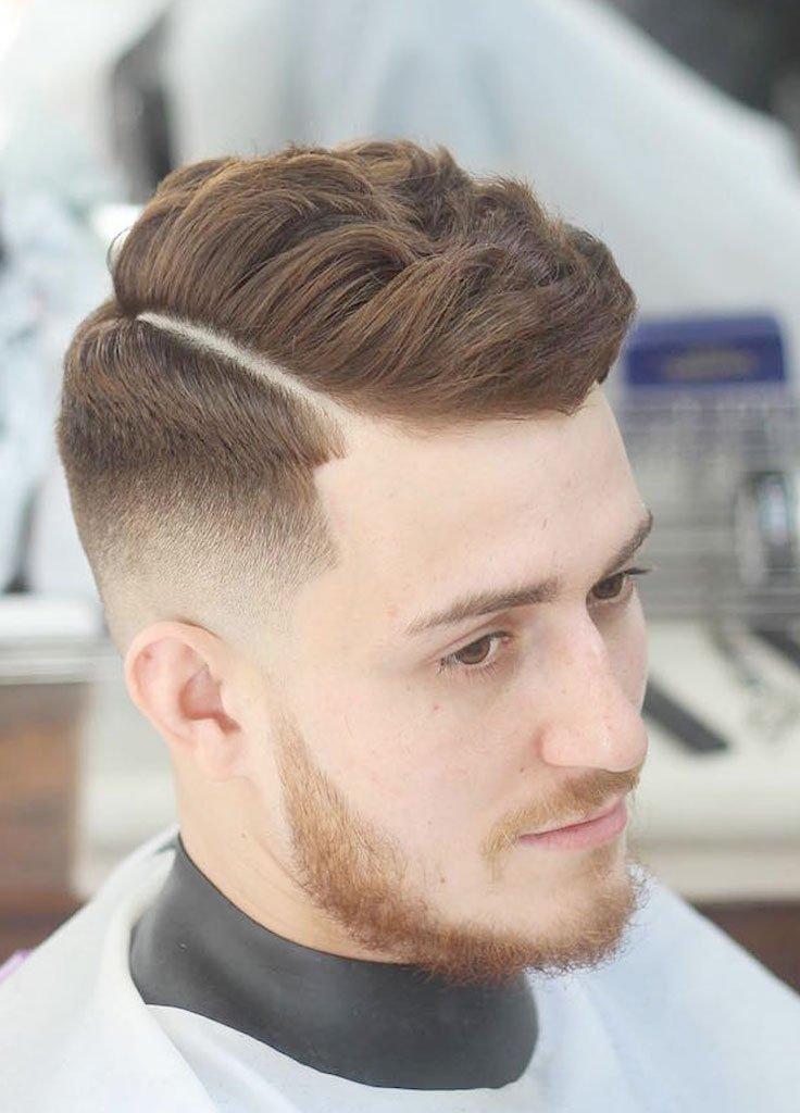 Taglio di capelli con sfumatura bassa