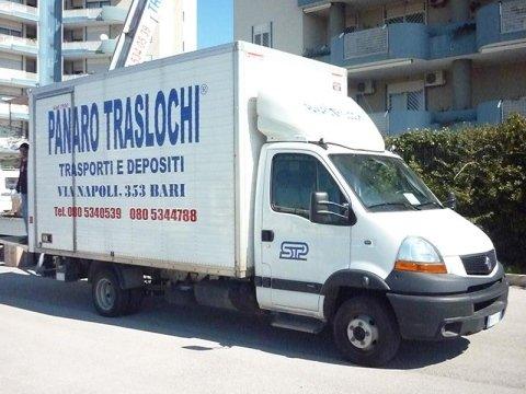 Camion traslochi