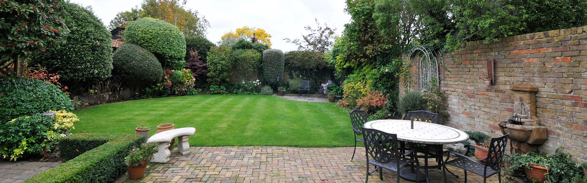 Are You Looking For Garden Designers In Mold?