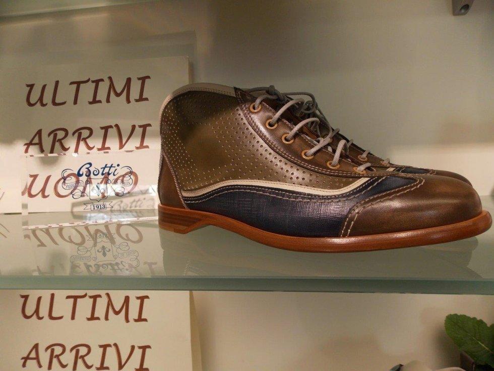 rivendita scarpe Botti