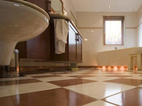 posa pavimenti bagno