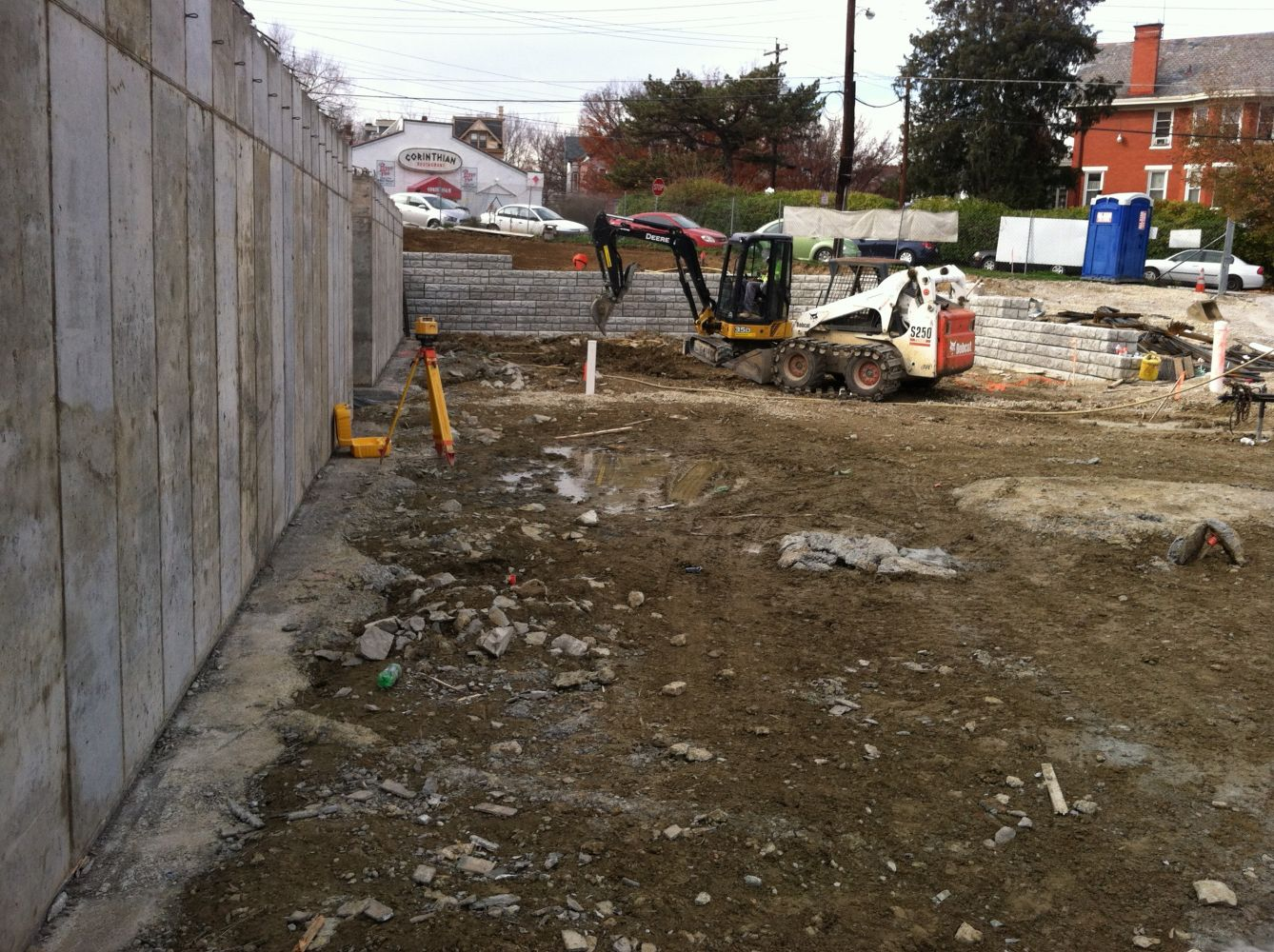 Working with concrete blocks and concrete foundations in Forest Park, OH