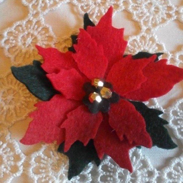 fiore rosso artificiale