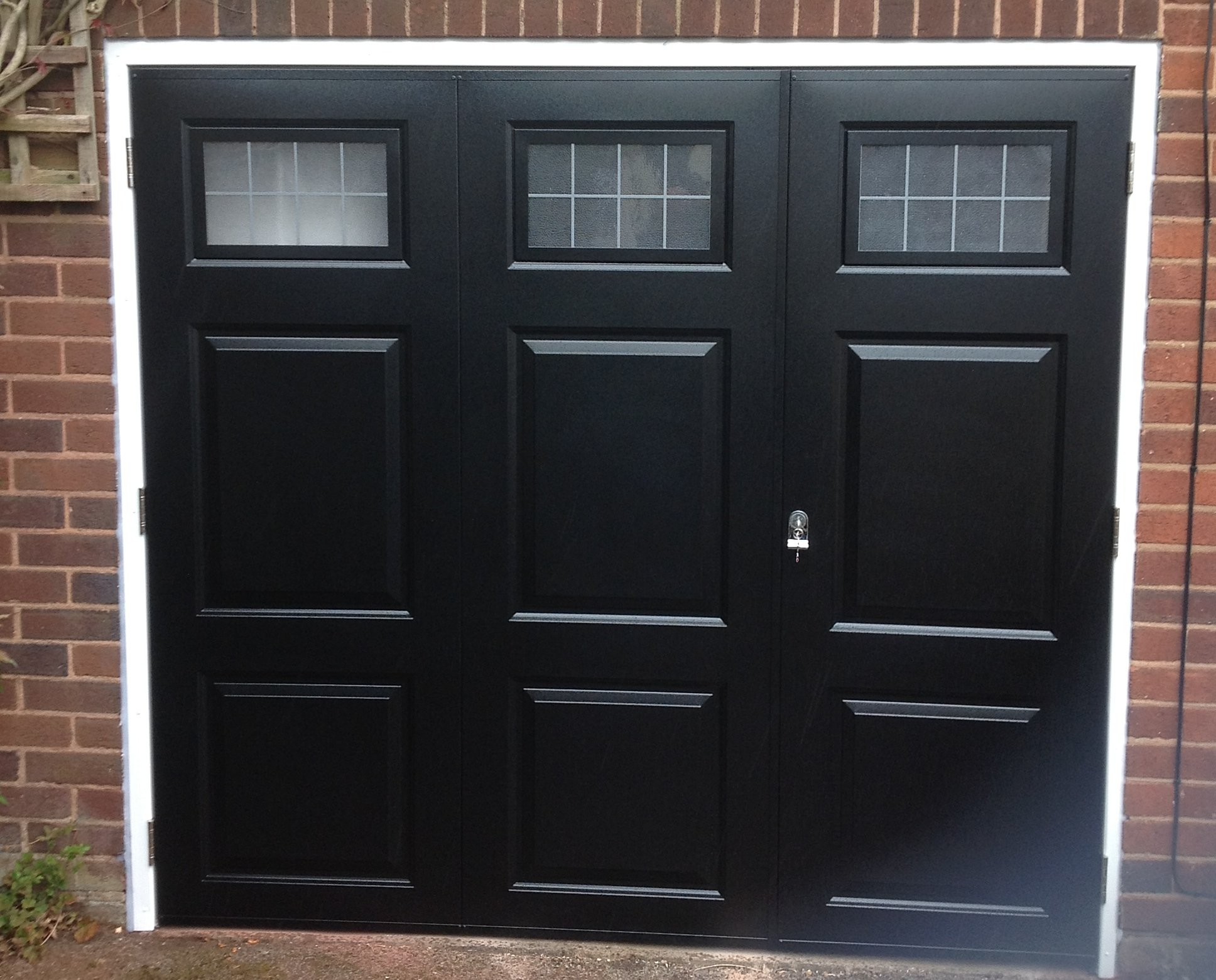 Side Hinge Garage Doors By Experts In Kingswinford