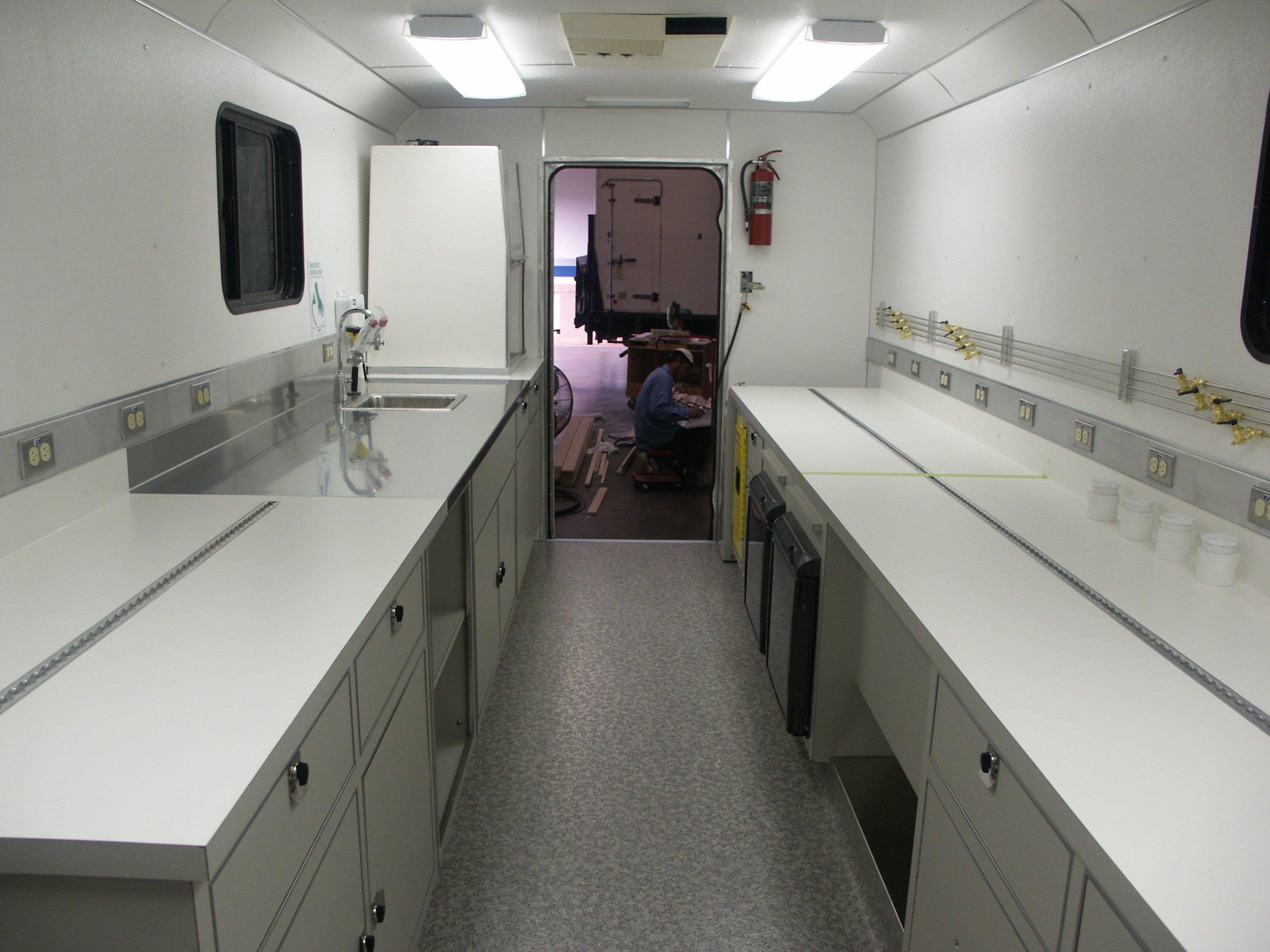 Mobile Laboratory 320-01 Interior