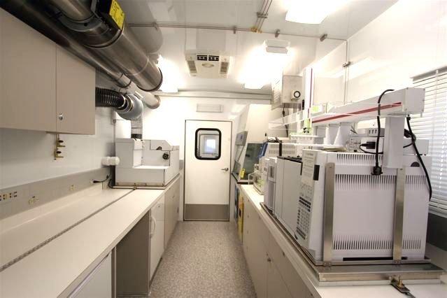 Mobile Laboratory 528D-03 Interior