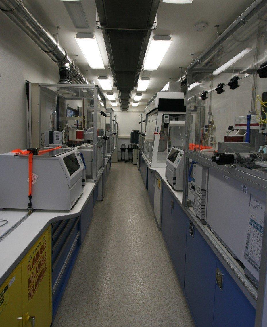 Mobile Laboratory 544D-03 Interior
