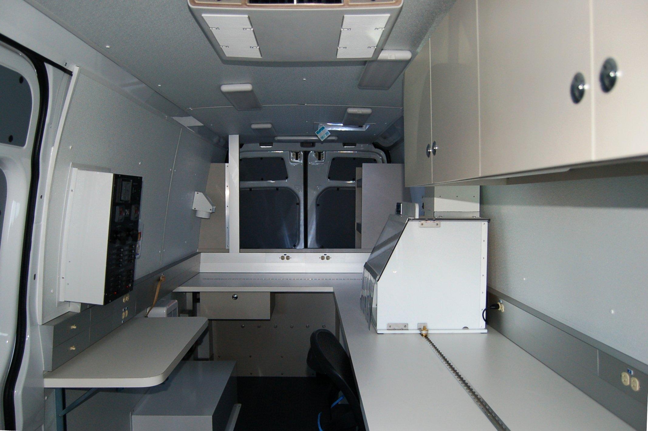 Mobile Laboratory 614D-01 Interior