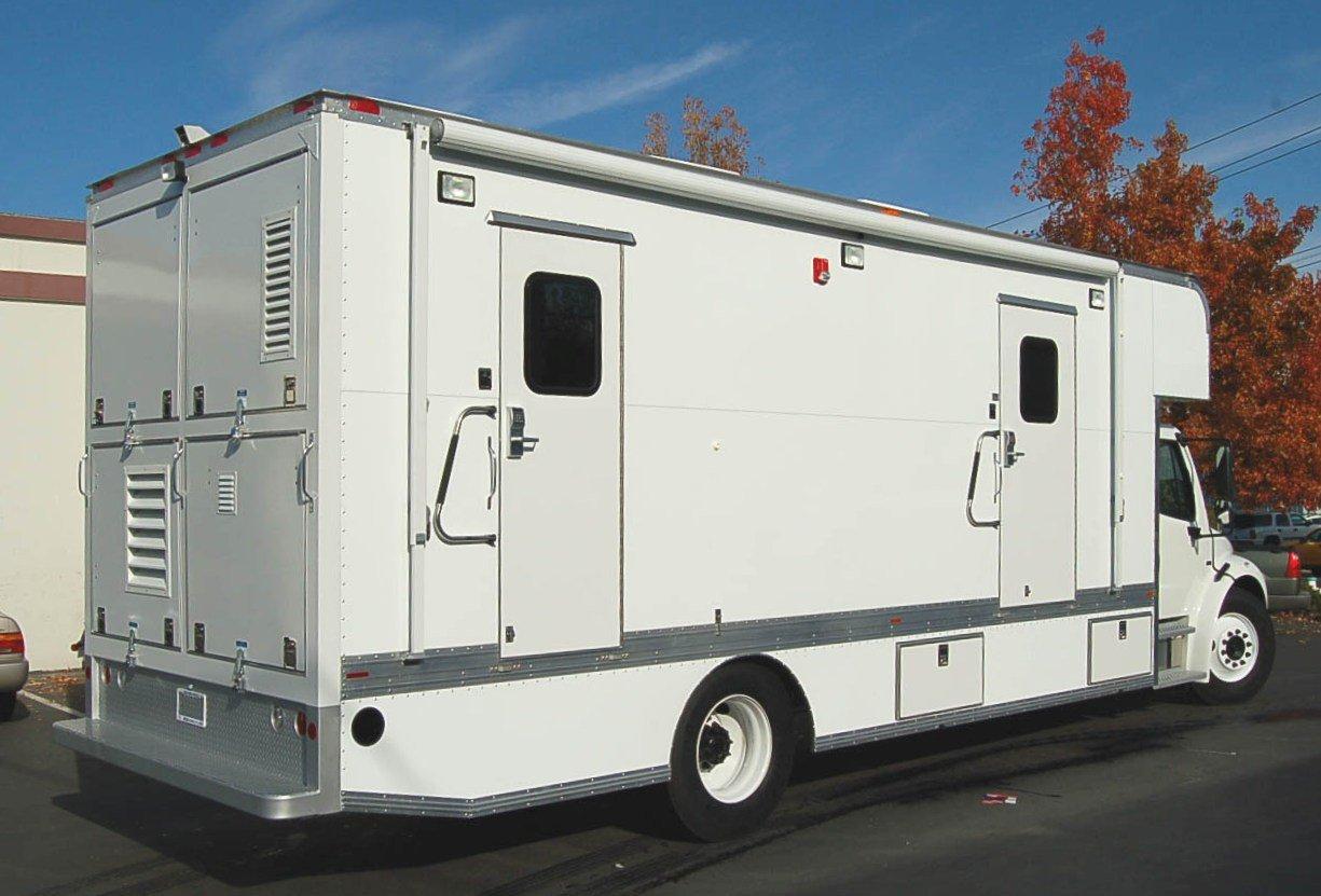 Mobile Laboratory 824D-01 Exterior
