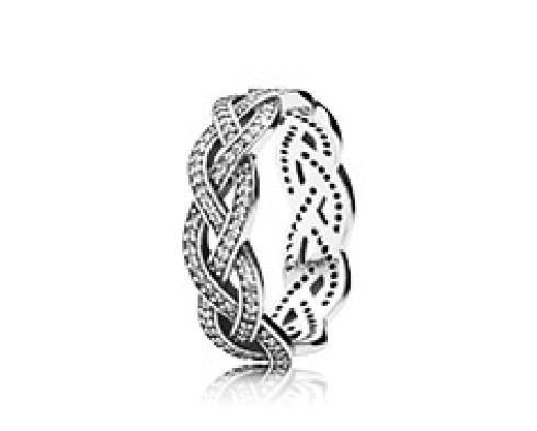 Vendita anelli e collane