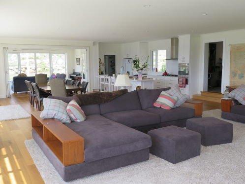 kuner constructions couch in home