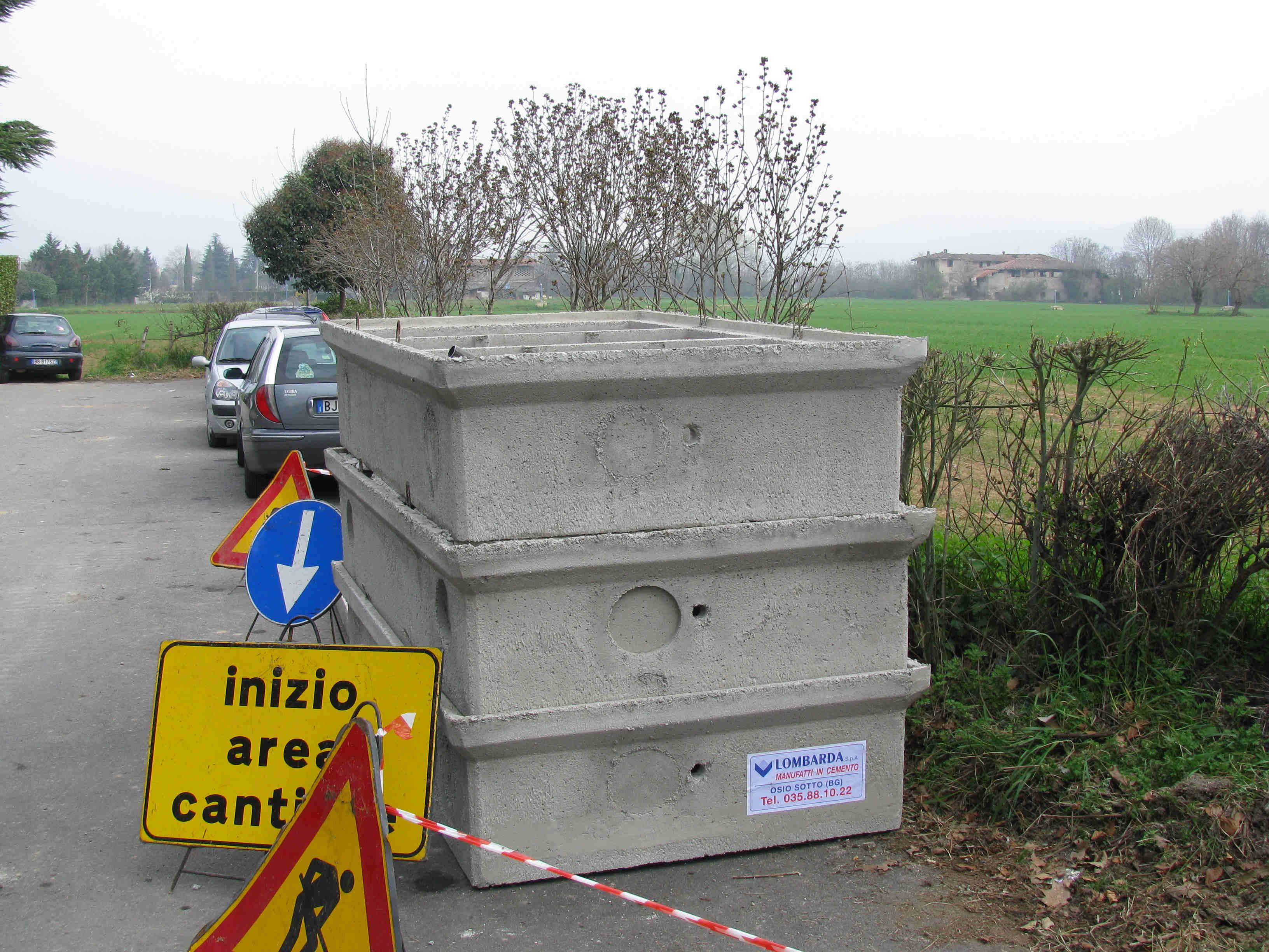 Strutture di cemento per pozzetti