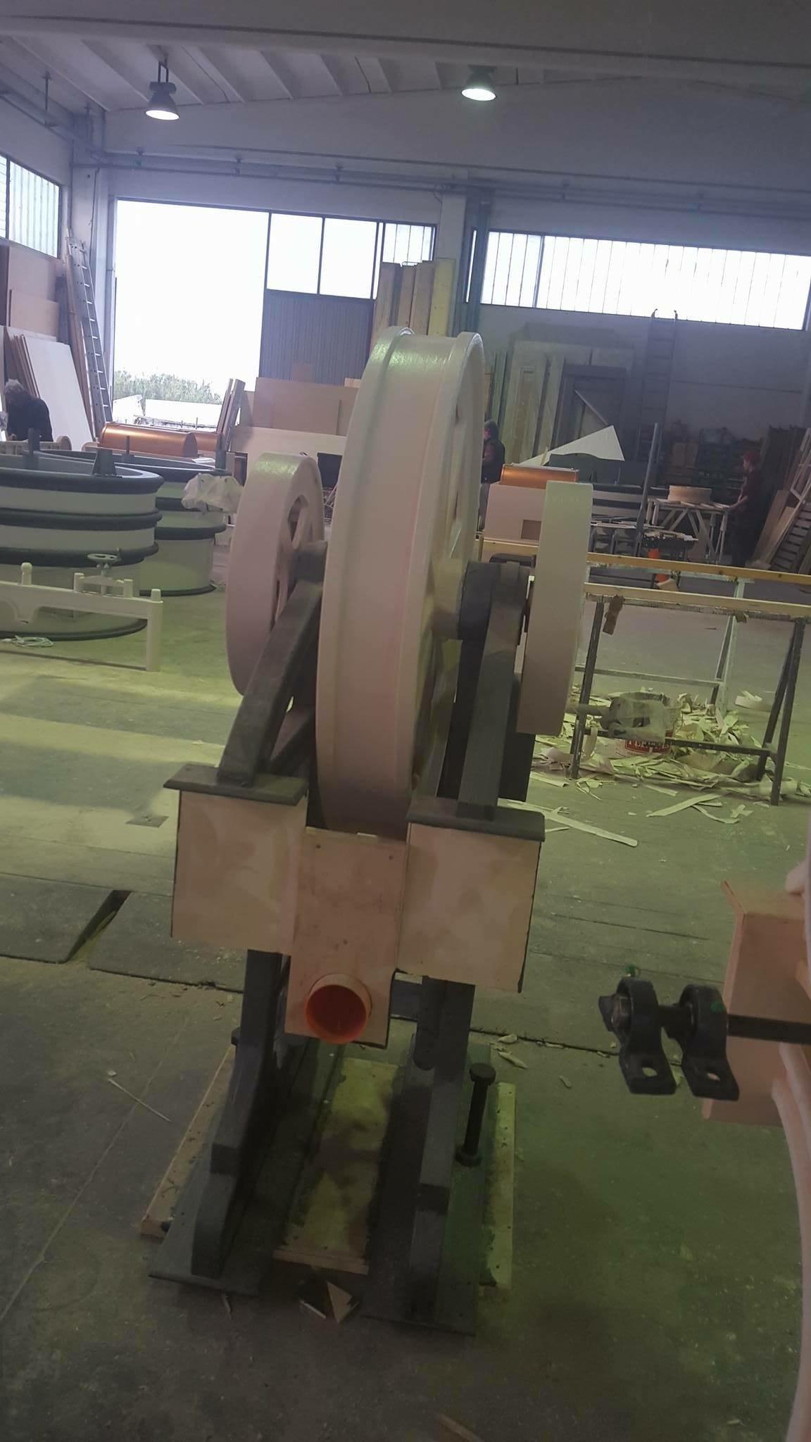 Riproduzione in legno particolari per scenografia per il Cinema