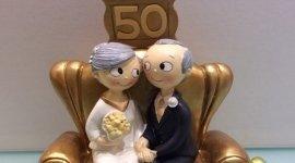bomboniere e cake toppers per anniversari