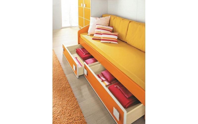 divani letto con cassettoni