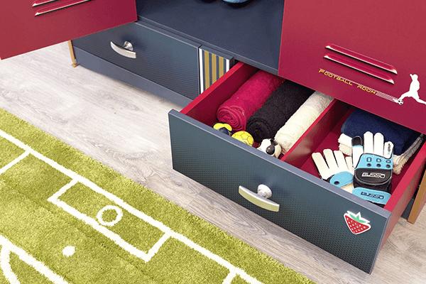 armadio con cassettiera