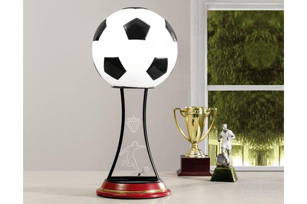 lampada a forma di pallone calcio