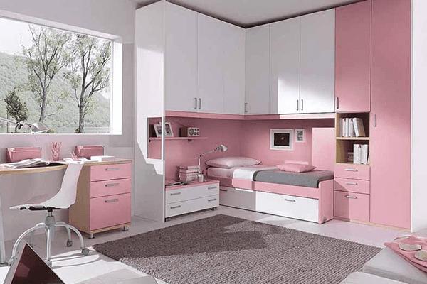 Cameretta rosa composizione ad angolo