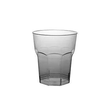 un bicchiere di vetro
