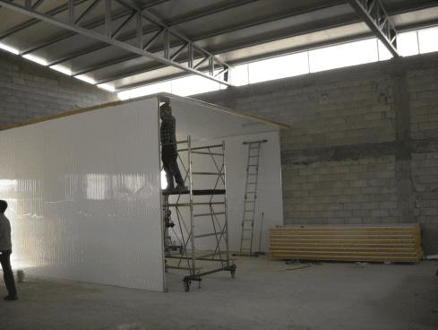 Installazione pannelli isolanti