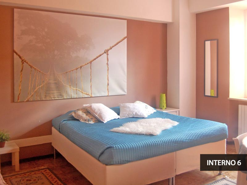 ampia camera doppia con letto king size