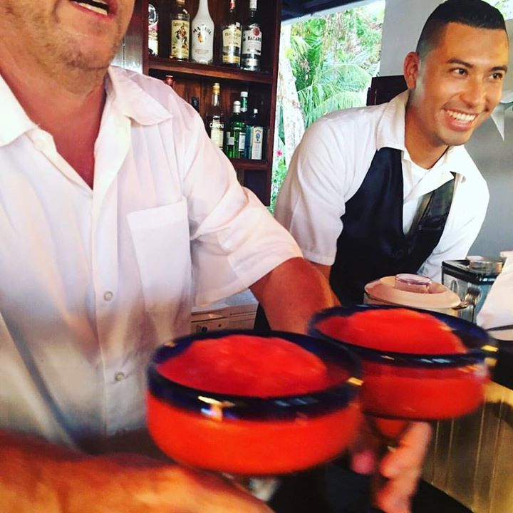 Margaritas at the Paraiso Bar at the Lookout at Playa Tortuga