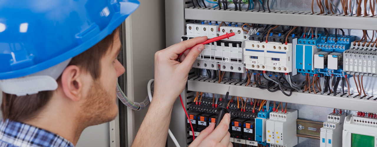 Electrical contractor doing the checks for the repair
