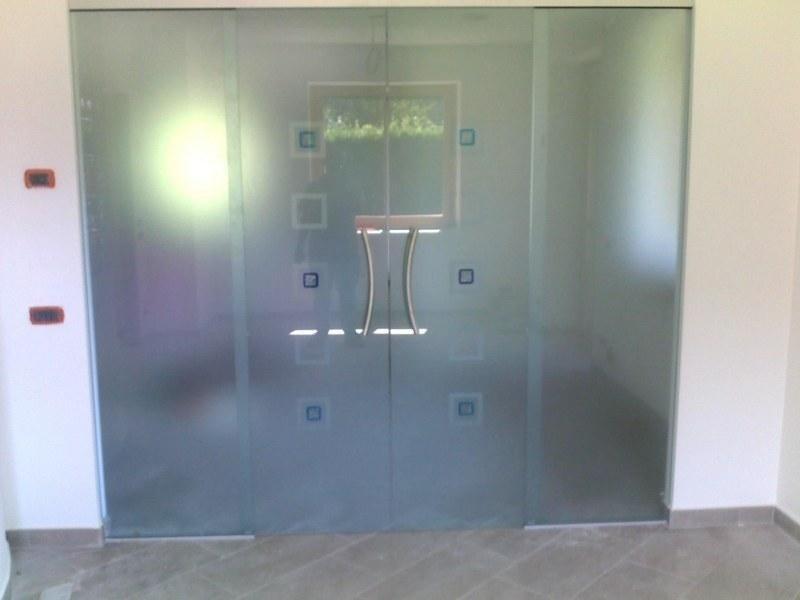 Interni - Porta scorrevole a 2 ante con formelle_800x600.jpeg
