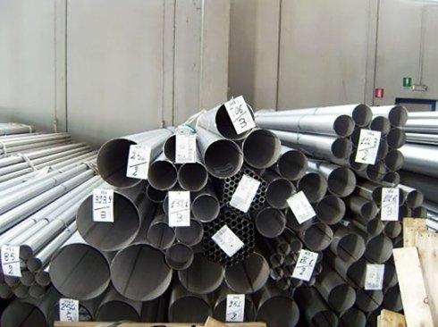 Tubi tondi in acciaio