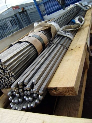 Barre esagonali in acciaio