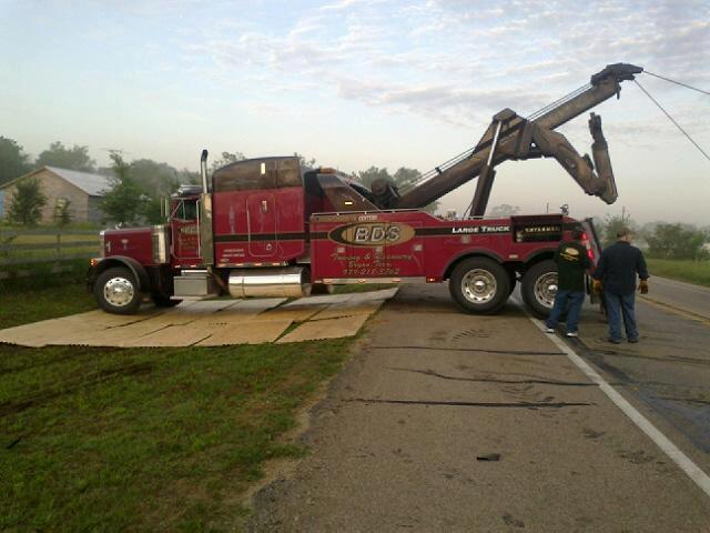 Heavy Wrecker Service Rockdale, TX