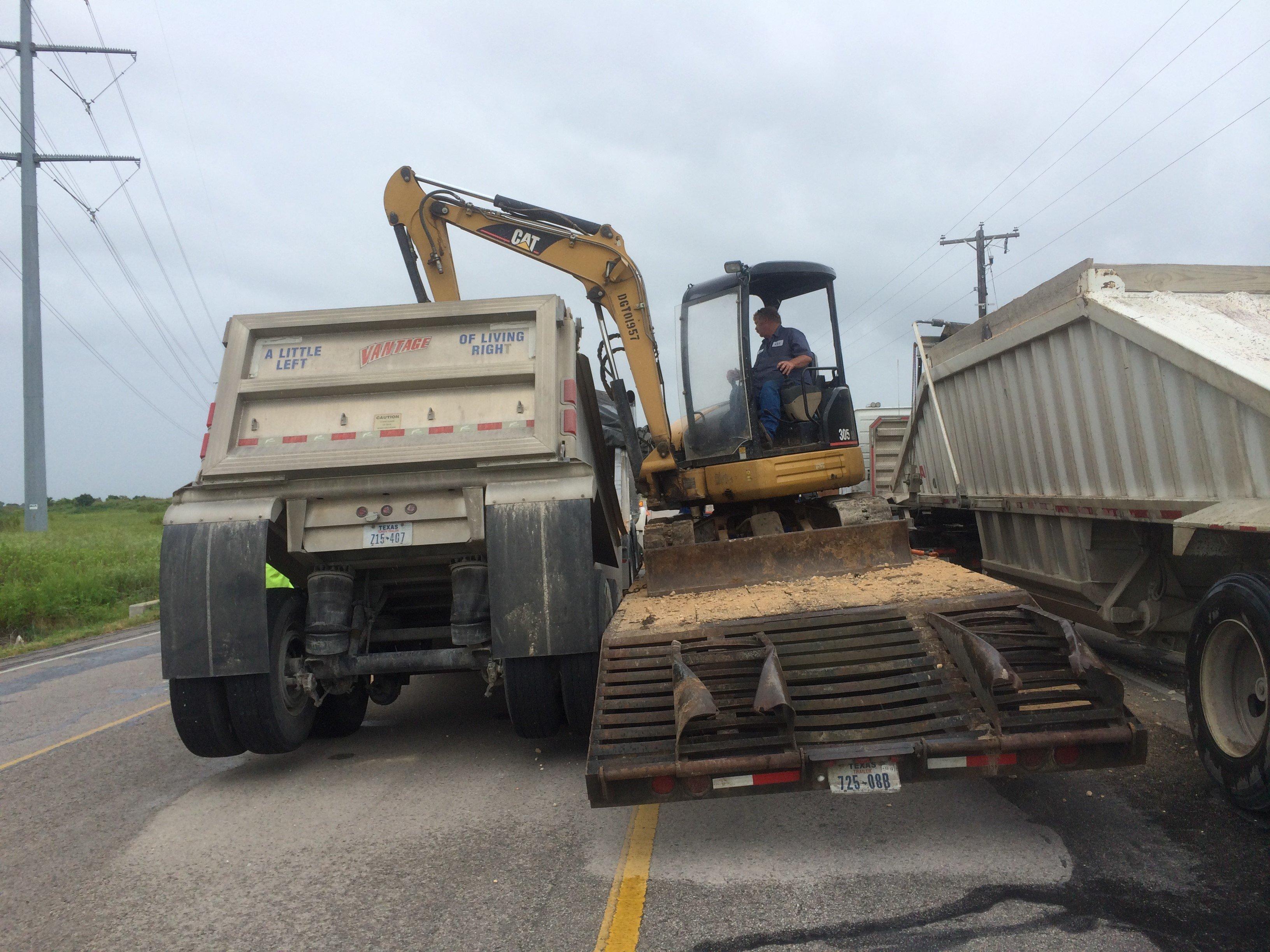 18-Wheeler Towing Service Bryan, TX