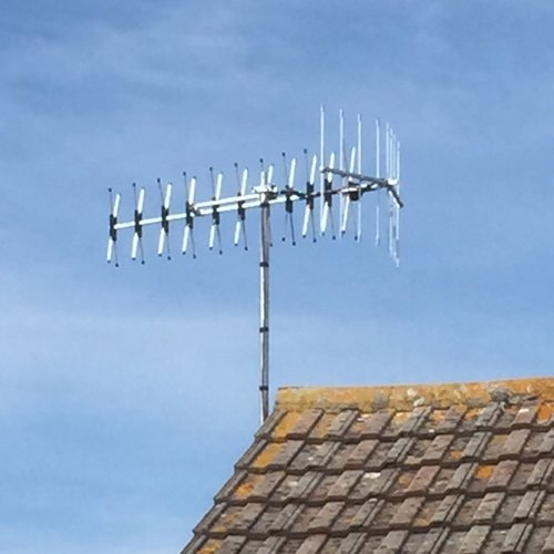 Freeview or radio signals